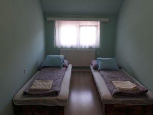 Nagy apartman szoba 2
